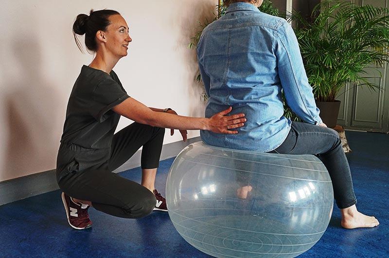 MijnHapto - Haptotherapie behandeling - met bal